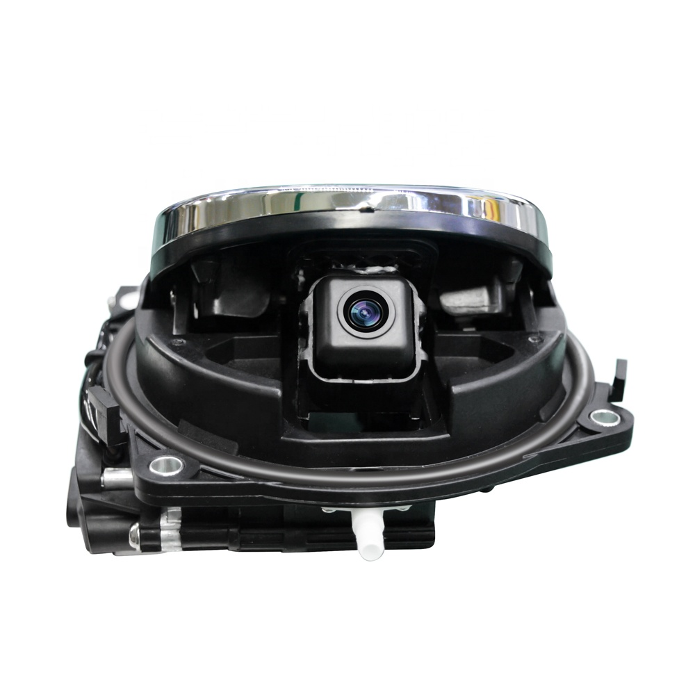 Камера в значок VW CC